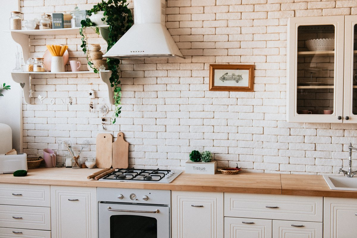 Five Practical Ways to Organize Your Apartment Kitchen